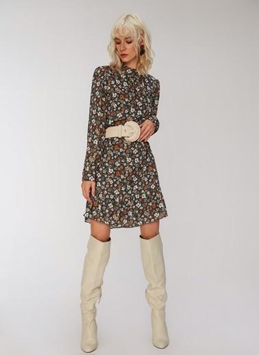 People By Fabrika Roba Detaylı Desenli Mini Elbise Haki